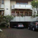 Rumah Mewah dalam Kompleks Perumahan Bukit Golf Pondok Indah