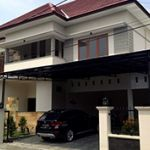 Luxury House with Swimming Pool in Solo Baru