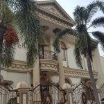 Rumah Mewah di Pondok Kelapa Indah