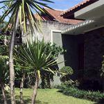 Rumah Mewah 3 Lt. Perabot Lengkap Ada Pool & Taman di Dago Pakar