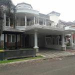 Rumah Modern di Perumahan Telaga Golf