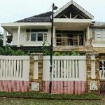 Rumah Posisi Pojok di Lingkungan Nyaman, Pondok Indah