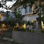 Rumah Perumahan di Jl. Mertilang XV
