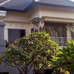 Rumah 2 Lantai dengan Etnis Bali di Tengah Kota