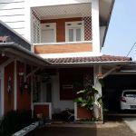 Rumah Villa dengan Kolam Renang di Parongpong