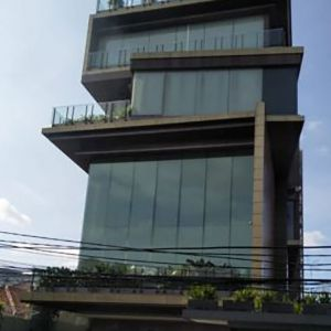 Gedung Strategis di Menteng, Jakarta Pusat