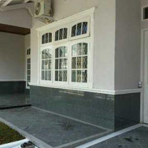 Rumah 2 Lantai Siap Huni di Kayu Putih